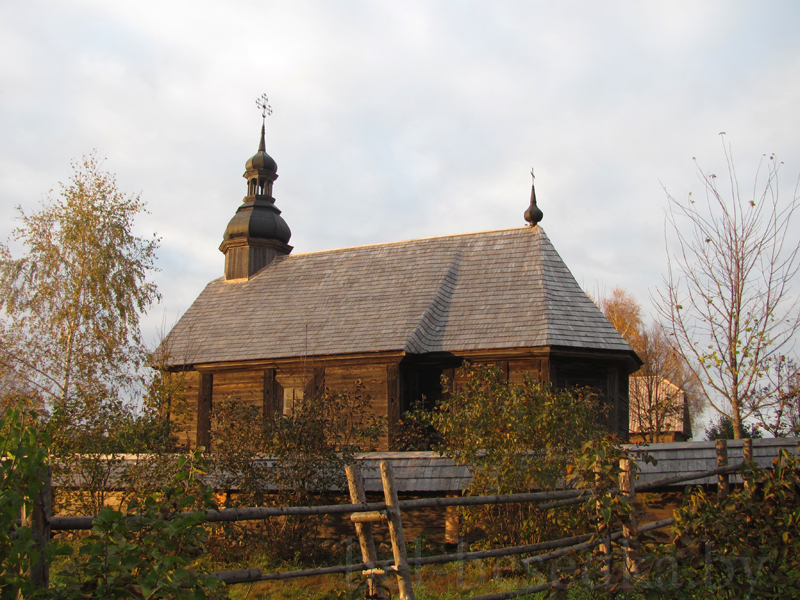 Строчицы: Покровская церковь