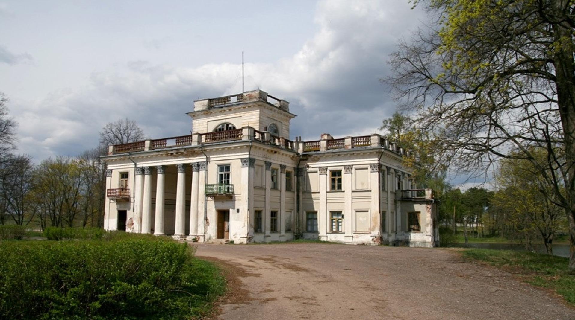 Дворец Уместовских в селе Жемыславль