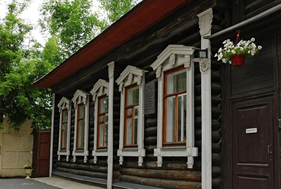 Максим Богданович: тоже два музея