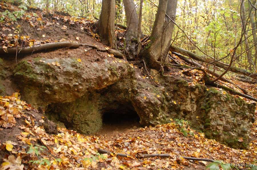 Карстовая пещера в Беларуси
