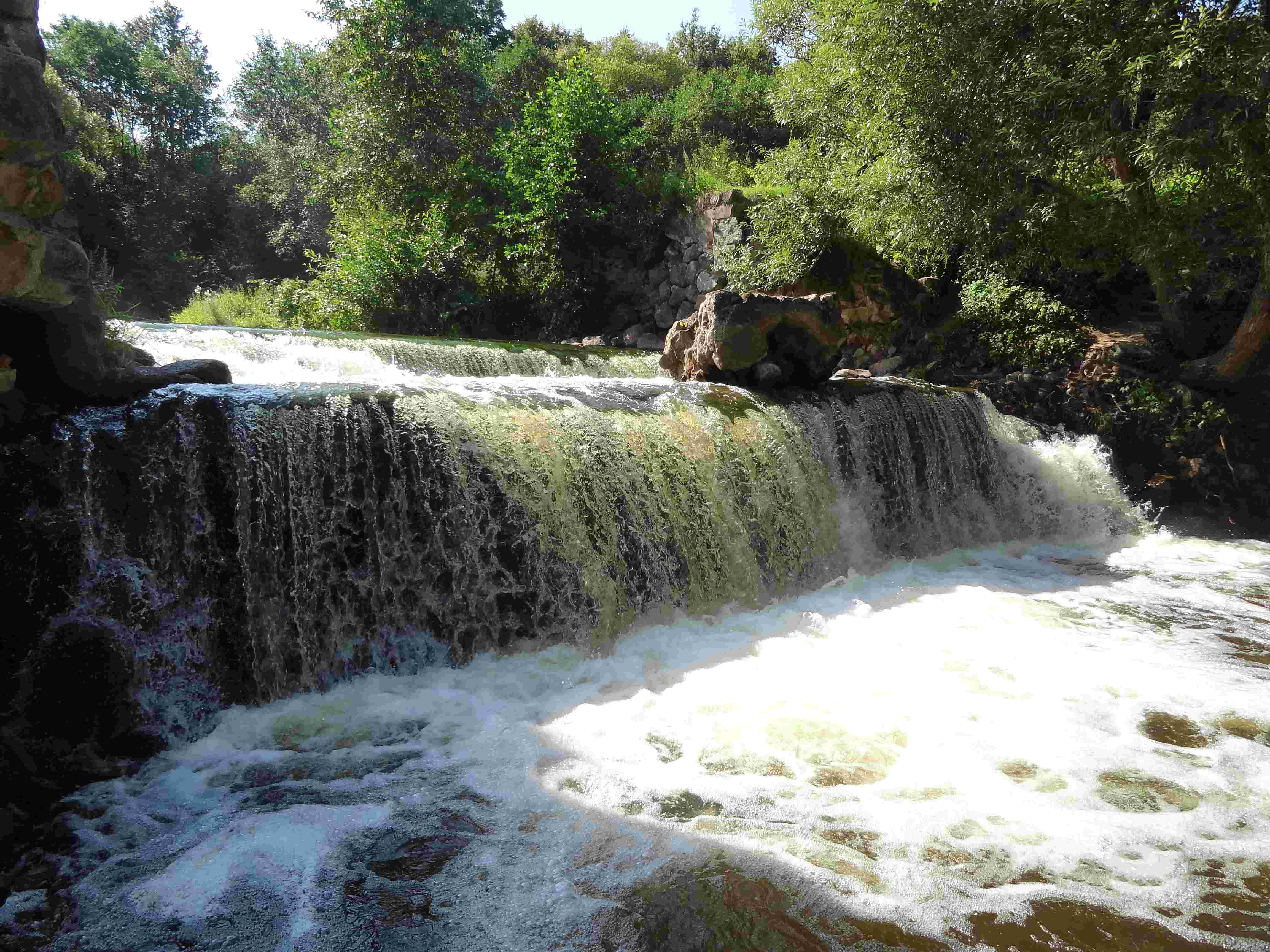 Водопад возле Миор