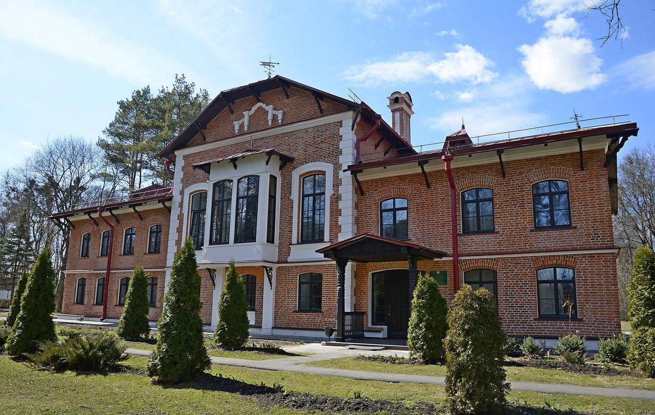 Охотничий домик князя Паскевича в деревне Кореневка