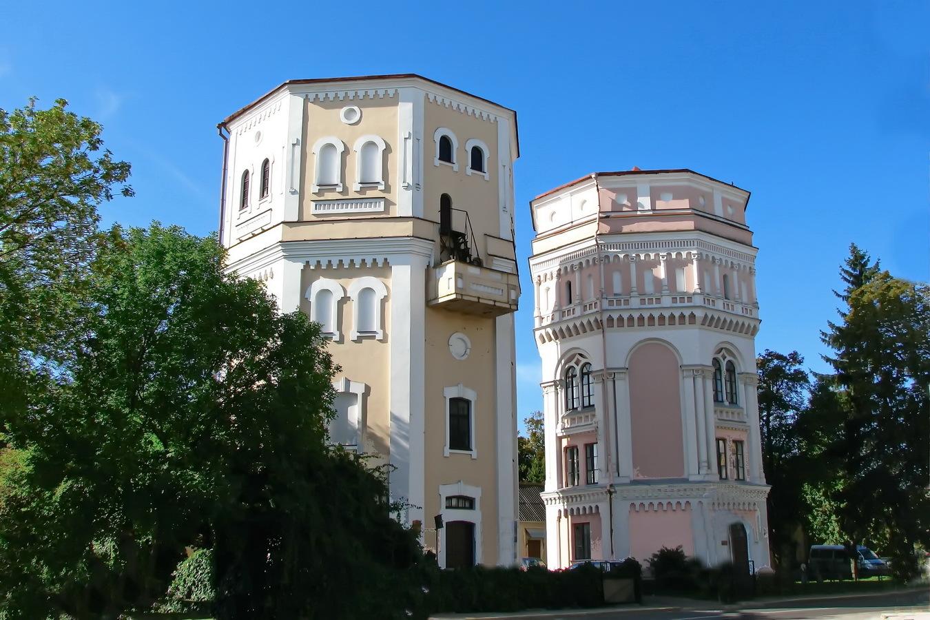 «Кася» и «Бася» — знаменитые башни